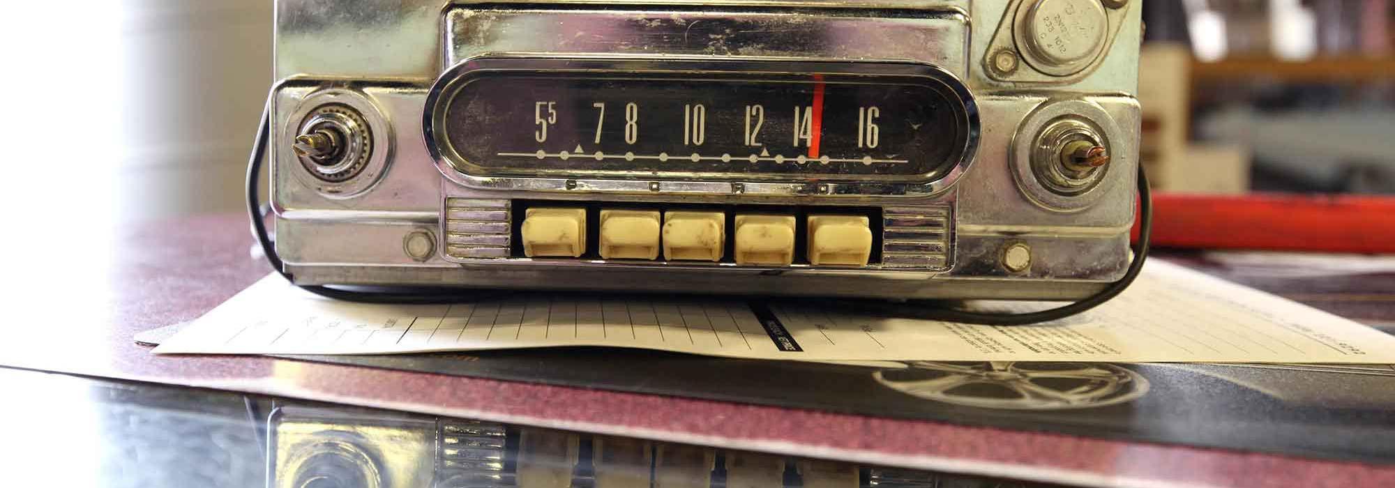 classic-car-radio-header-700px